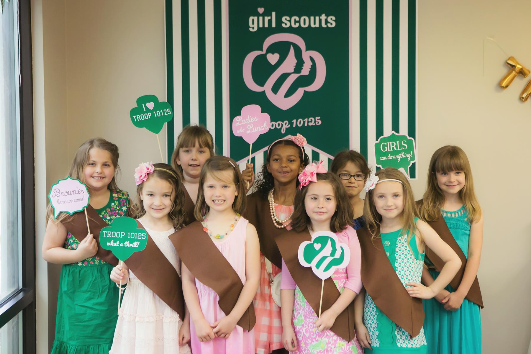 girl scout brownies can do anything   imgkid     the